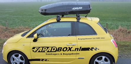 foto van dakdragers op een Fiat